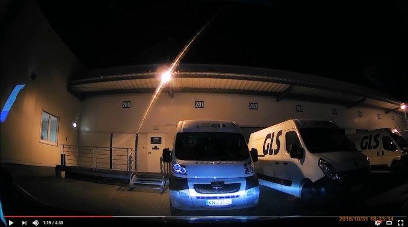 obraz z kamery samochodowej wideorejestrator z GPS
